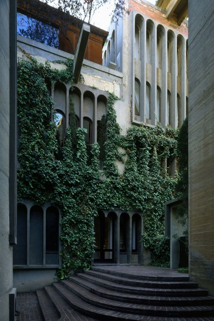 cement-factory-renovation-la-fabrica-ricardo-bofill-58b3e7a727cce__880-house-28feb17-pr_b_426x639