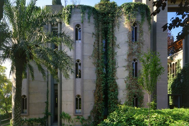 cement-factory-renovation-la-fabrica-ricardo-bofill-58b3ee8648912__880-house-28feb17-pr_b_639x426